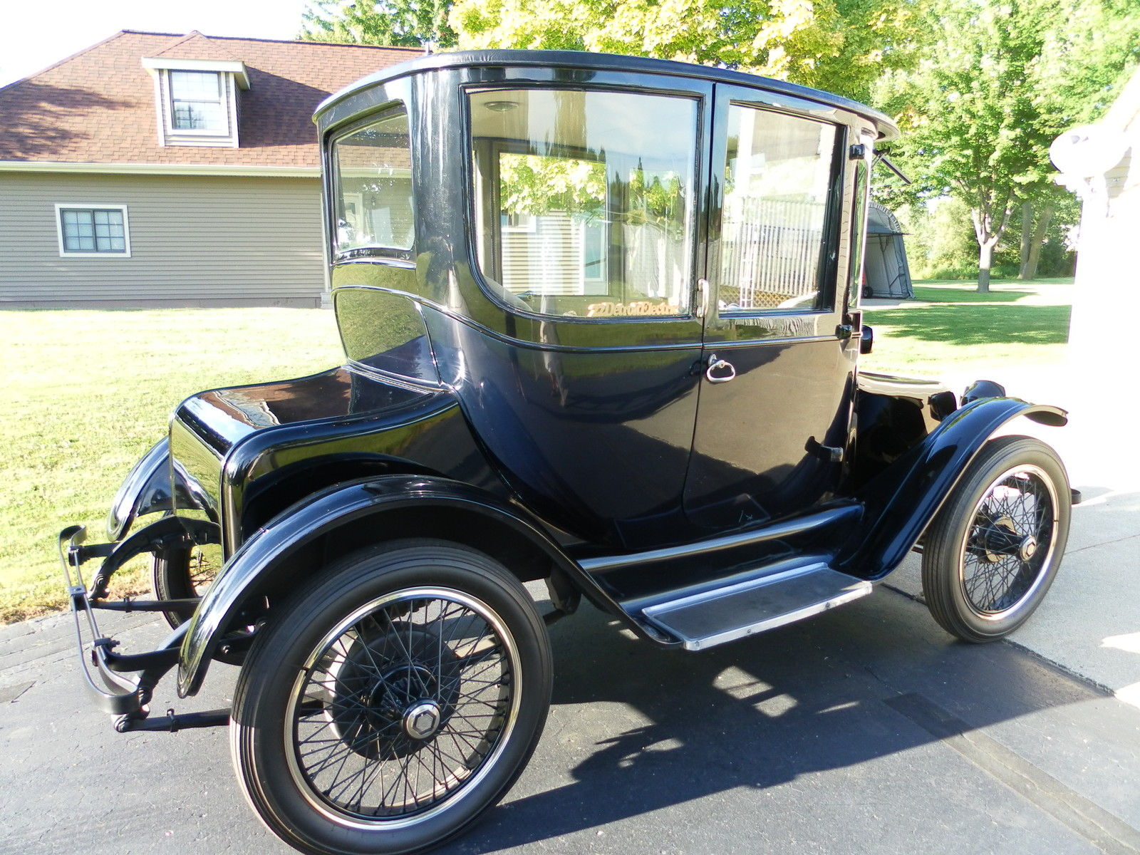 Detroit Electric Dedicated To The Early Electric Car And My